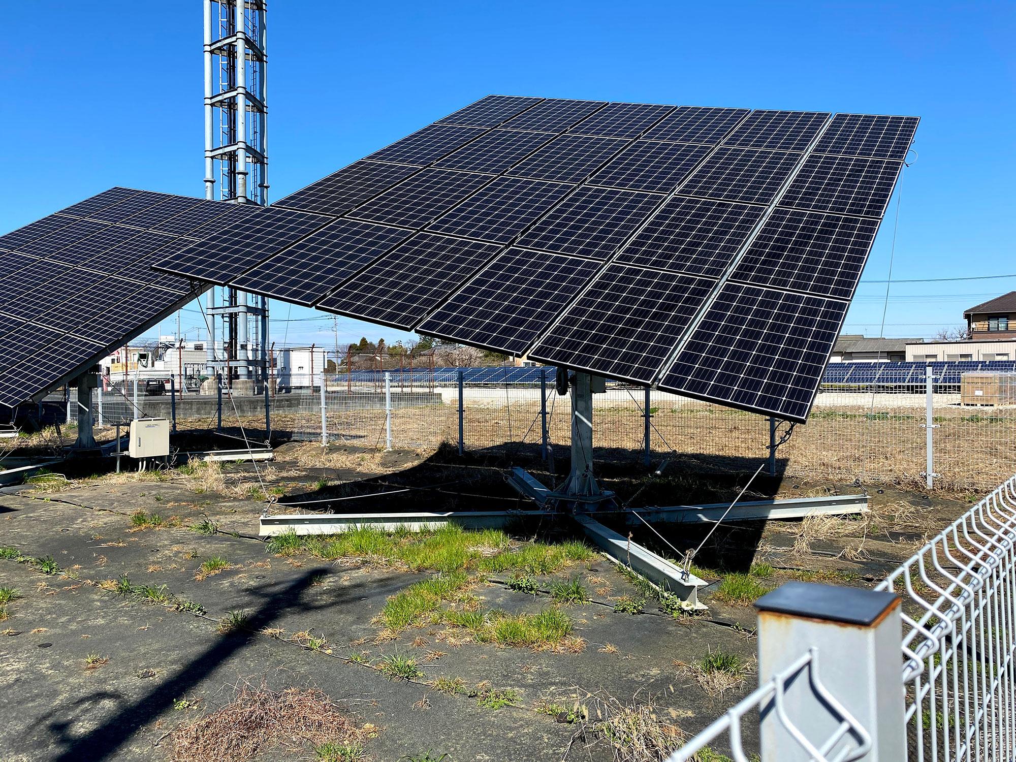 追尾型太陽光発電架台1