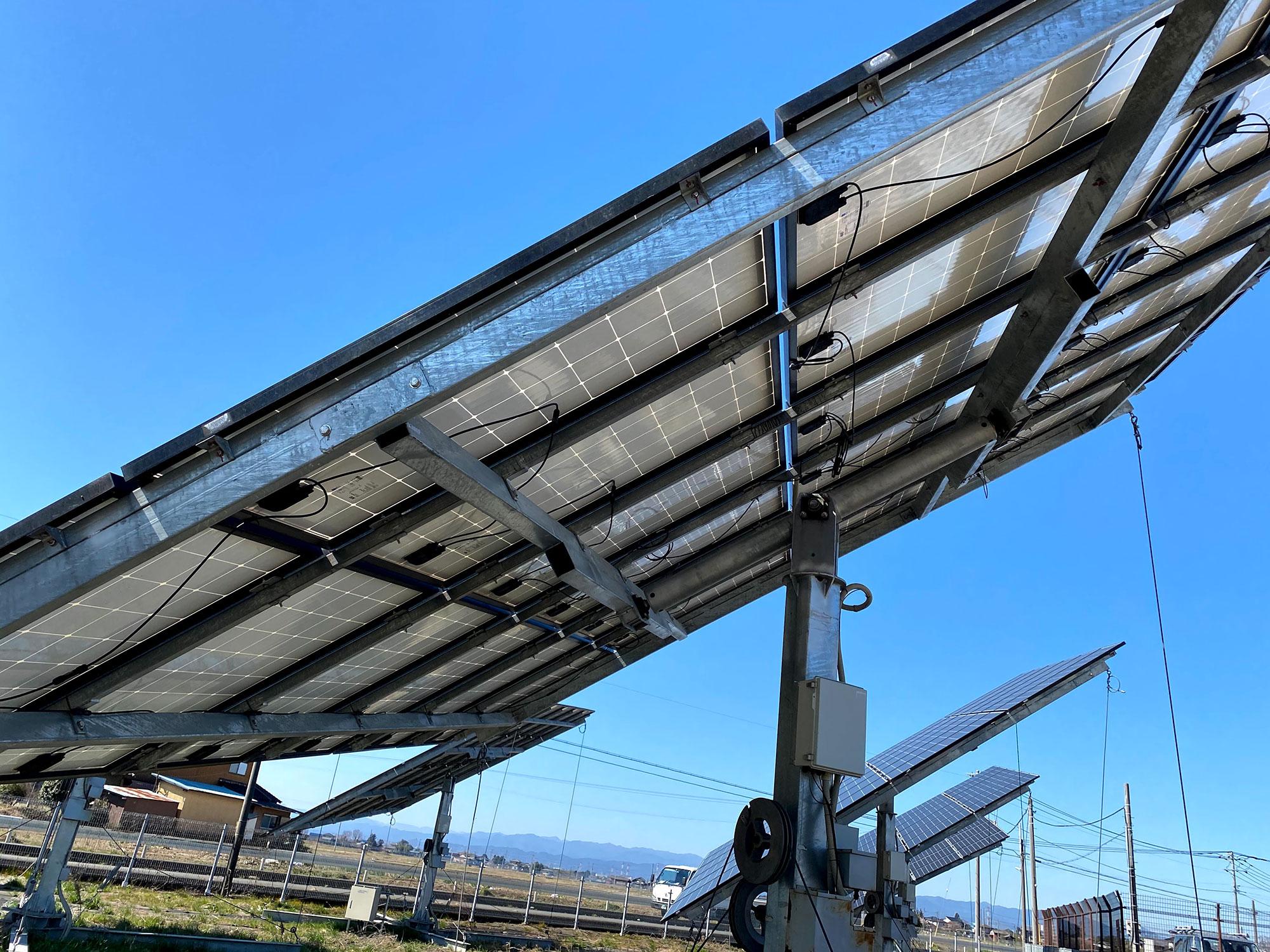 追尾型太陽光発電架台3